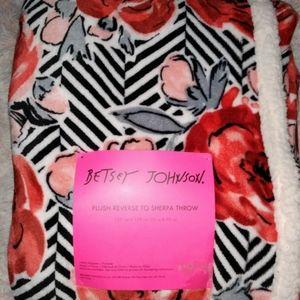 Betsey Johnson Sherpa Reverse Throw Blanket